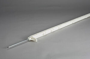 DARE 64 INCH LONG STEP IN POSTS-WHITE-30 Posts/carton
