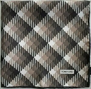 🆕️ NEW Authentic TOM FORD 100% SILK Pocket Square Pochette Handkerchief