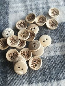 20 small carved leaf wooden sewing craft knit buttons 13mm 2 hole coconut shell