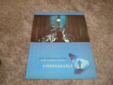 Unbreakable Oscar ad M. Night Shyamalan, Bruce Willis as David Dunn at station