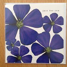 Carta di nota in Bianco Viola Fiore tutte le occasioni Compleanno grazie * NUOVO * (162)
