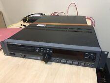 TASCAM CD RW2000 Studio Professional Player Recorder