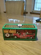 ERTL 1929 MACK FIRE TRUCK TEXACO BANK