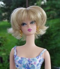 WIG - Barbie size 4  Claire, Blonde with Highlights!