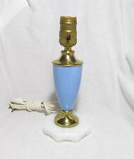 VINTAGE ART DECO BLUE & WHITE GLASS, PLASTIC, BRASS BOUDOIR ACCENT TABLE LAMP