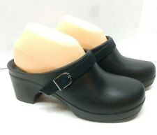 Crocs Dual Comfort Sarah Slip on Mule Clogs Black Leather Strap Womens Size 8