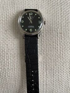 HMT MILITARY STYLE MECHANICAL WRIST WATCH. Working Order.