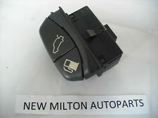 VOLVO V70 C70 S70 BOOT TRUNK TAILGATE AND PETROL FLAP SWITCH   1997-2000