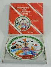 Schmid Walt Disney Character 1975 Christmas Plate w/Box Goofy Mickey Donald