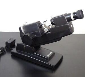Topcon Lensmeter LM-8E