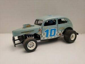 Custom Built AMT ? Late Model Dirt Modified Stocker Model with Driver