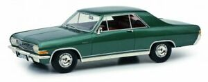 1/18 Schuco Opel Diplomat A grün metallic
