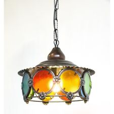 Lampadario in ferro rotondo con vetri colorati