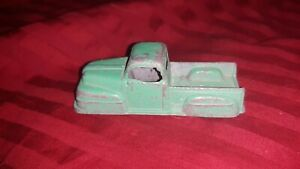 Vintage 1950s Tootsietoy Diecast Ford F-1 Pickup Truck 3'' Green
