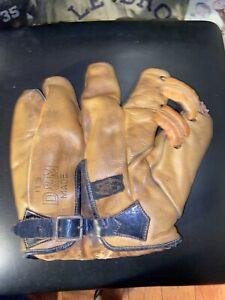 1930's Vintage D&M Draper And Maynard Hal Schumacher Baseball Glove
