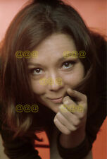 Photo - Diana Rigg posing for a portrait in 1968 (1)