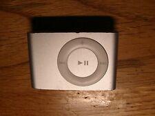 Apple iPod shuffle 2nd Generation Silver (2GB)
