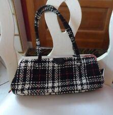 Vera Bradley white, black, red  tweed inside kisslock closure handbag