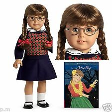 American Girl Molly Doll w/ Glasses & Book Pleasant Co on Neck RETIRED NRFB NEW