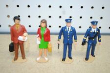 LGB 5040 Train Station Conductor & Traveler Figures *G-Scale*