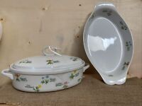 Anchor Hocking Ovenware Oval Casserole 1.5 qt. With Lid Floret & Au gratin Baker
