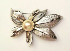 Vtg Marked G Silver (Plate) Branch Textured Leaves Pearl Cabochon Brooch Pin