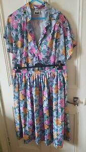 GORGEOUS SUMMERY BLOUSE & SKIRT OUTFIT SIZE UK 22 PLUS SIZE