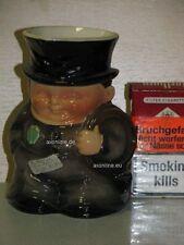 +# A000637_06 Goebel Archiv Muster Milchgießer Schornsteinfeger 74-342 Plombe