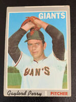 1970 Gaylord Perry # 560 San Francisco Giants SF Topps Baseball Card Miscut HOF