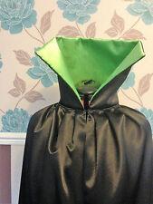 Lungo mantello di raso nero. con fodera Verde lime grandi dimensioni collare Rocky Horror (R45)