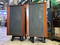 KEF CONCERTO SP1004 Original 3 Way Speakers  Vintage 1969 Legendary Good Look
