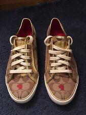 Women's Barrett Canvas Fashion Sneakers Shoes Size 8B Jacquard Hearts