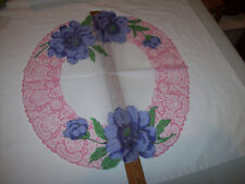 VINTAGE BLUE FLORAL1950'S SCALLOPED ROUND-ISH TABLE SCARF HANKIE HANDKERCHIEF