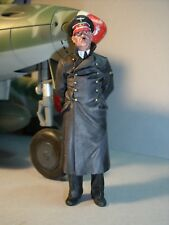 1/18  UNPAINTED  FIGURE  DER  FUHRER  MADE  BY  VROOM  FOR  ULTIMATE  SOLDIER