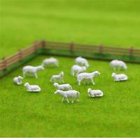 10 x animal WHITE SHEEP DOG model railway train 1:87 figure HO OO gauge 14mm M23
