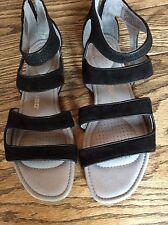 Women's Tsubo Barbra Gladiator Black Leather Back Zipper Sandals sz 9.5