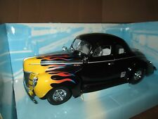 First Gear Car Quest auto parts 1940 FORD COUPE 1:25 Scale