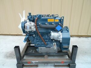 Kubota V1305 Complete Diesel Engine