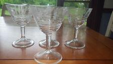 Vintage Etched Wine Glasses Ribbed bottom floral bowl 4 6oz clear stems