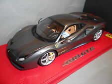 BBRP18106BV by BBR FERRARI 488 GTB 85 GENEVE AUTO SHOW CON VETRINA 1:18