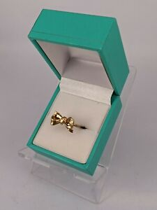 9ct gold ribbon bow ring uk size M weight 1.8 grams