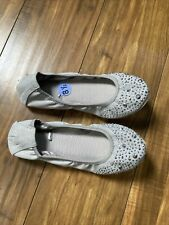 Me Too Womens Samantha Gray Leather Ballet Flats Shoes 8.5 Medium