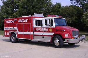 Giant Firetrucks / Fire Engine Collection - AMERCOM - 1:64