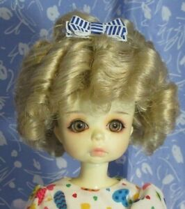 Imsco  Platinum Blond Full Cap Doll Wig Size 8-9 Ringlets - Shirley Temple style