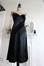 Elegant Betsey Johnson noir velours de soie robe de cocktail 10 12 petits Spaghetti S