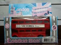 """NOS-Fulright-Die-Cast Victoria Double-Decker London Bus-Red-Free-Wheel- 5"""" Long"""
