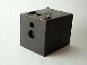 KODAK BULLS-EYE No.2 MODEL D BOX CAMERA, NICE COLLECTOR PIECE