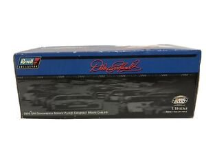 NEW In Box Dale Earnhardt Sr. Revell 2000 Chevy Monte Carlo 1:18 Diecast Car