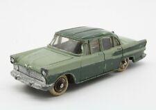 Dinky Toys France 1/43 Simca Chambord 24K green Meccano vintage original diecast
