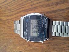 vintage montre timex cristaux liquides fonctionne TB